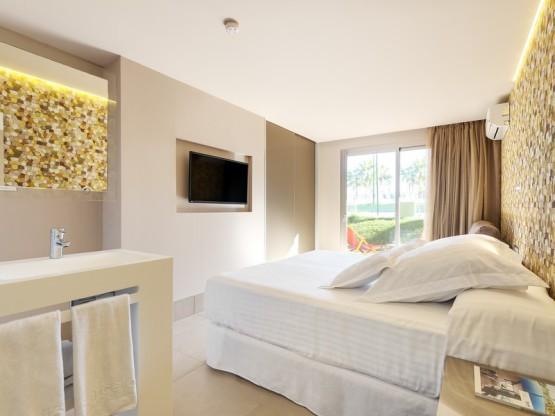 102-room-8-hotel-barcelo-pueblo-ibiza37-154057